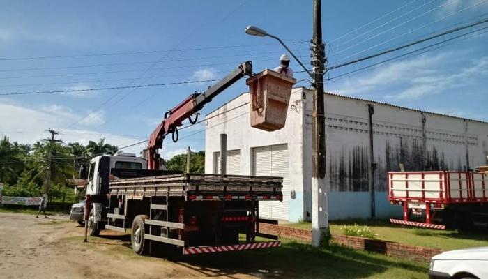 Serviço de reparo e manutenção da iluminação pública