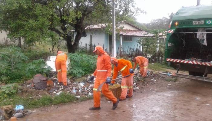 Limpeza e retirada de entulhos da Rua João José e demais ruas da comunidade de Barra de Tabatinga