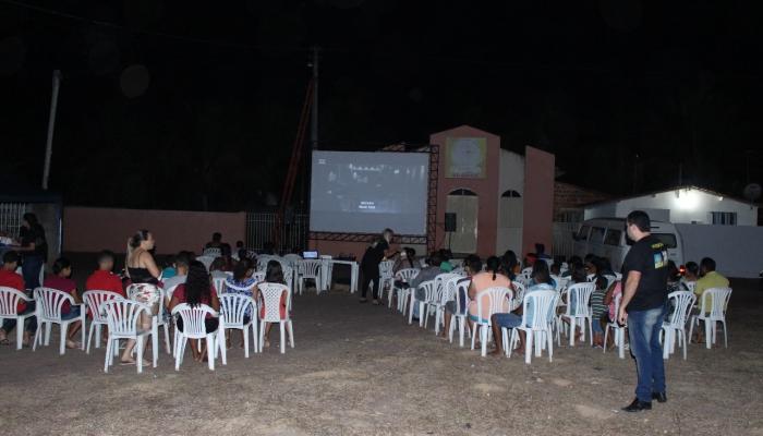 Loteamento Brisa acolhe o Cinema na Praça