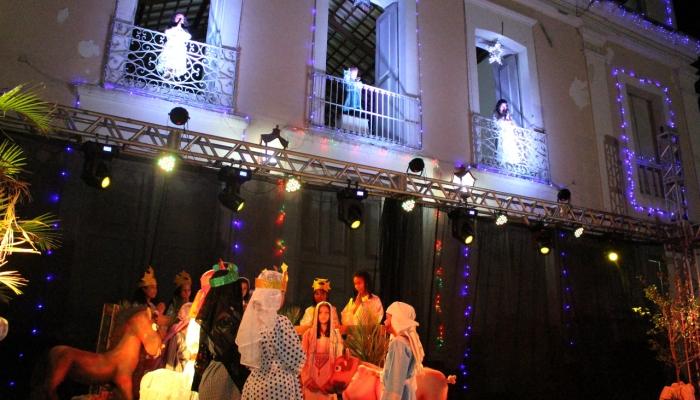 Natal Praça encanta famílias inteiras em Nísia Floresta